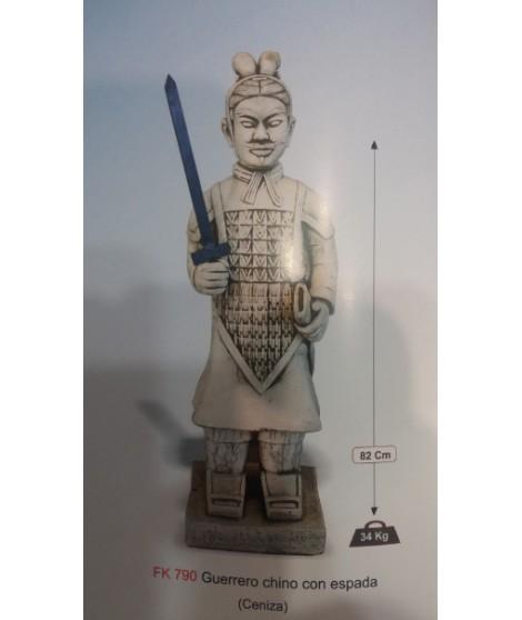 Figura de Guerrero Chino con Espada